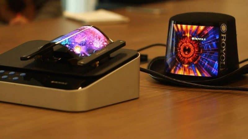 Smartphone à écran pliable